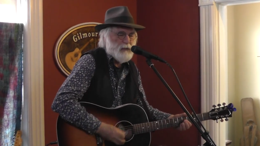 Singer-songwriter David Olney dies on stage during performance at Florida festival